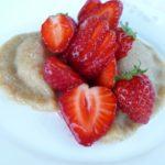 Ravioles de pâte d'amande aux fraises