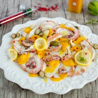 Salade folle de poulpe à la mangue