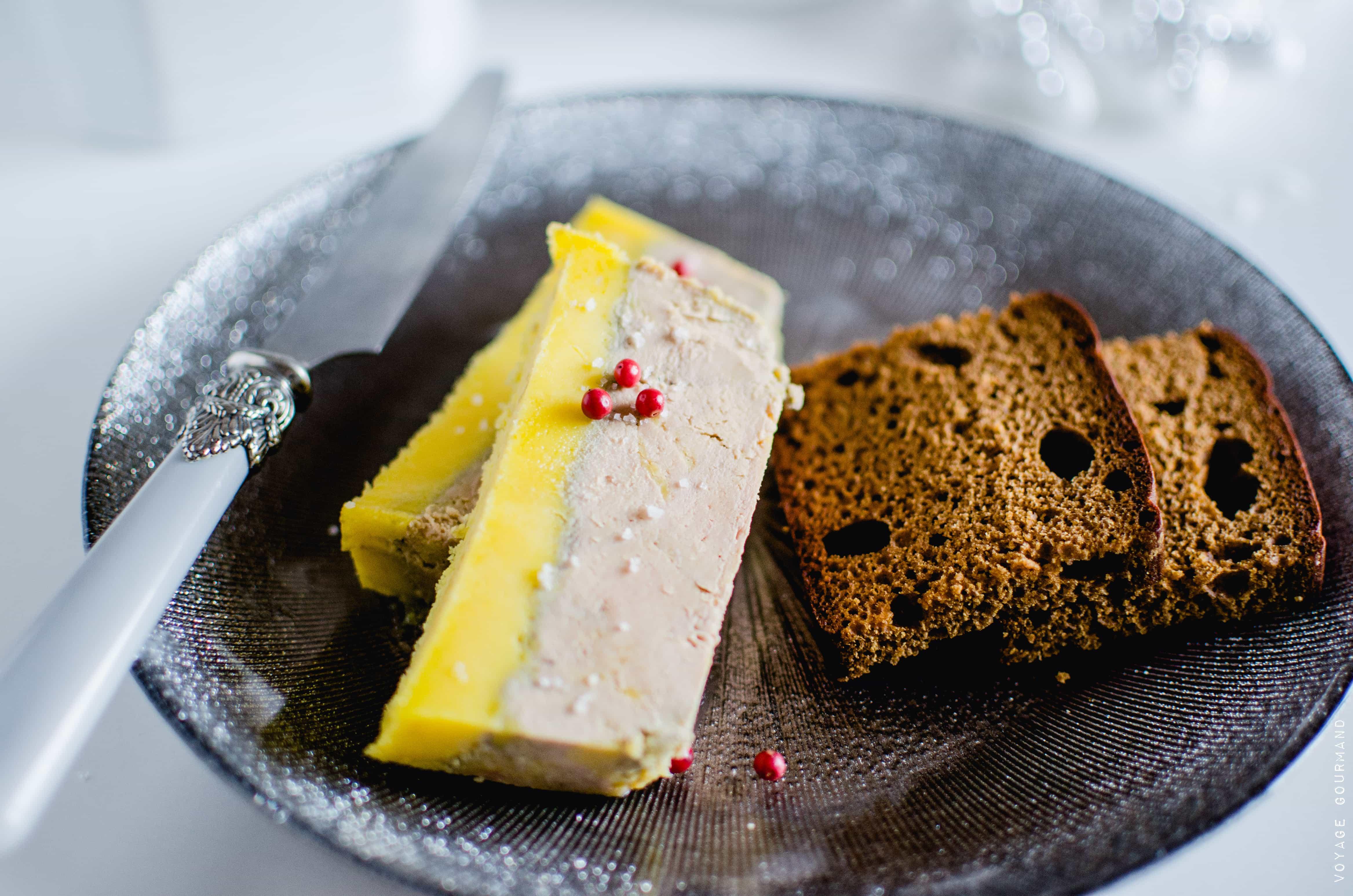 Foie gras en terrine au muscat et armagnac