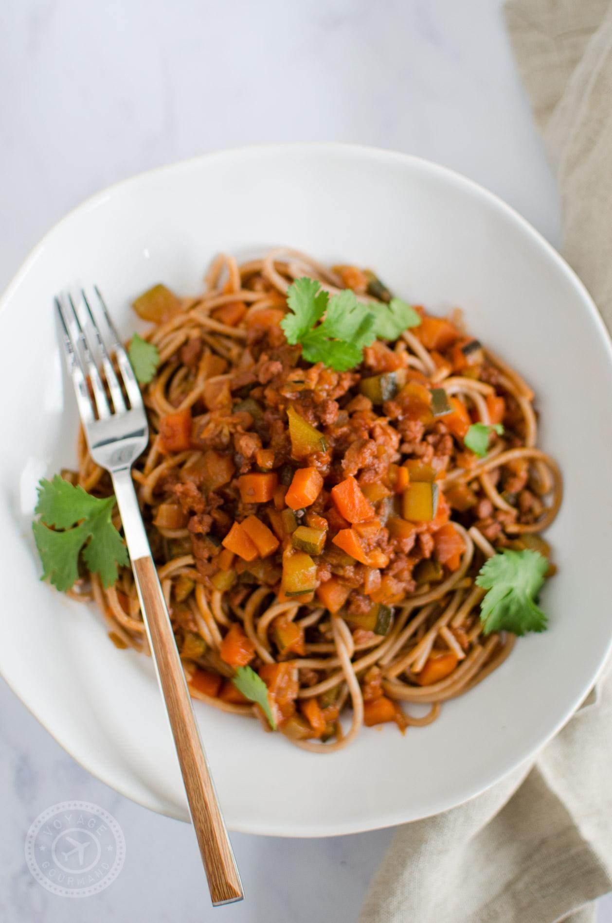 Spaghettis et sauce bolognaise aux protéines de soja texturées