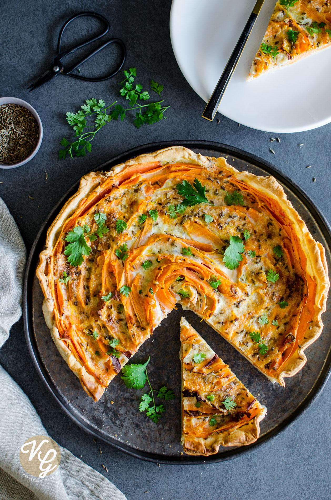 tarte aux carottes, fromage et cumin